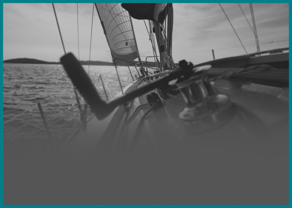 600x427_boat-teal