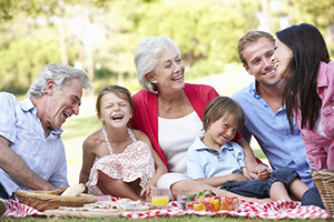 happy family picnic - creative ways to market your biz for july 4